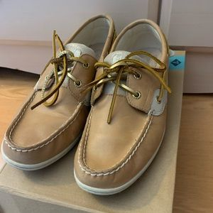 Size 10 Sperry Koifish Leather